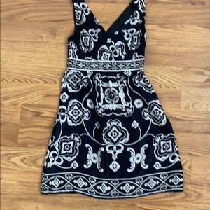 White House Black Market Silk Dress Sleeveless 4